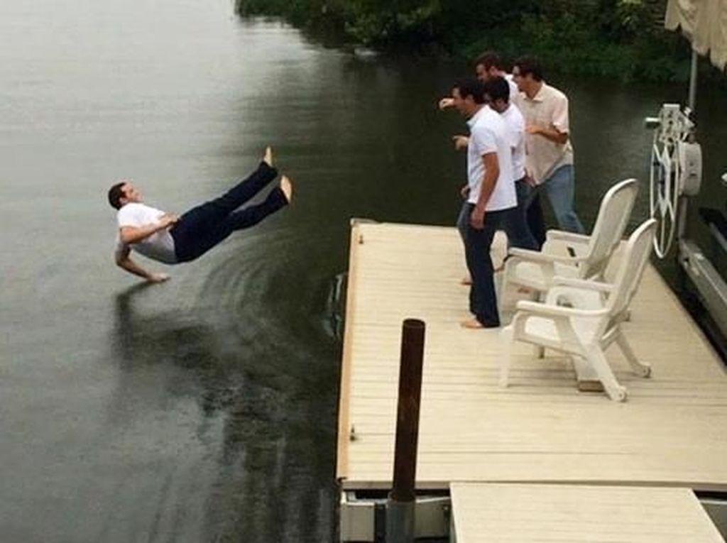 Foto Viral Beberapa Detik Sebelum Tertimpa Sial