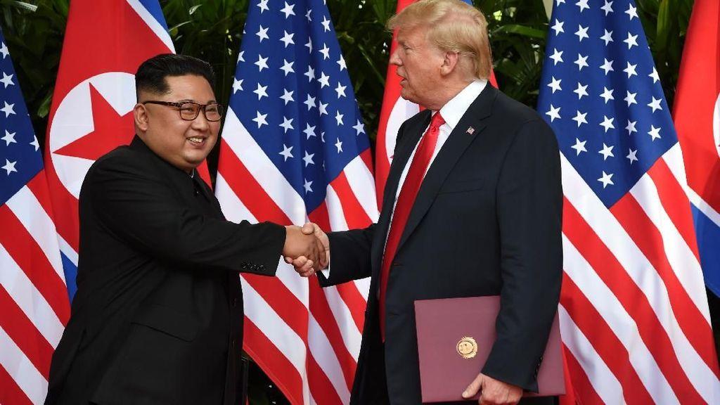 Foto: Serba-Serbi Pertemuan Bersejarah Trump-Kim Jong-Un