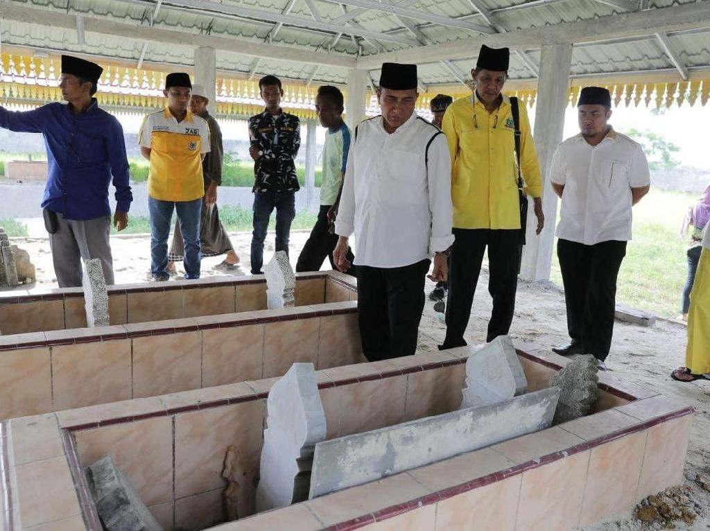 Cagub Edy Janji Perbaiki Makam Sultan Serdang I yang Tak Terawat