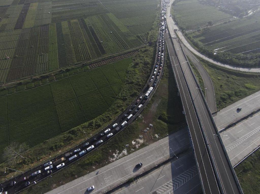 Foto-foto Kemacetan Horor Brexit 2016