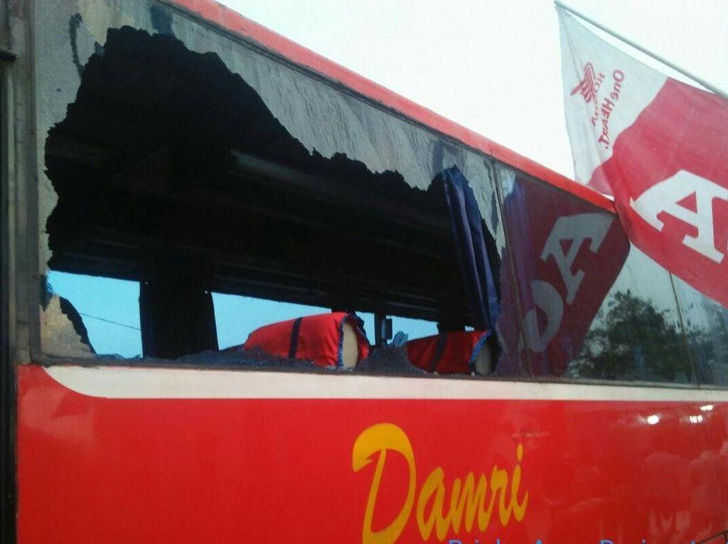 4 Pelajar Ditangkap Terkait Pelemparan Batu Bus DAMRI di Sumsel