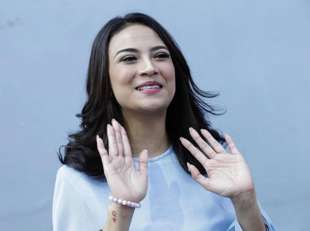Komunikasi Lagi, Didi Soekarno Ingin Ajak Vanessa Angel Balikan?