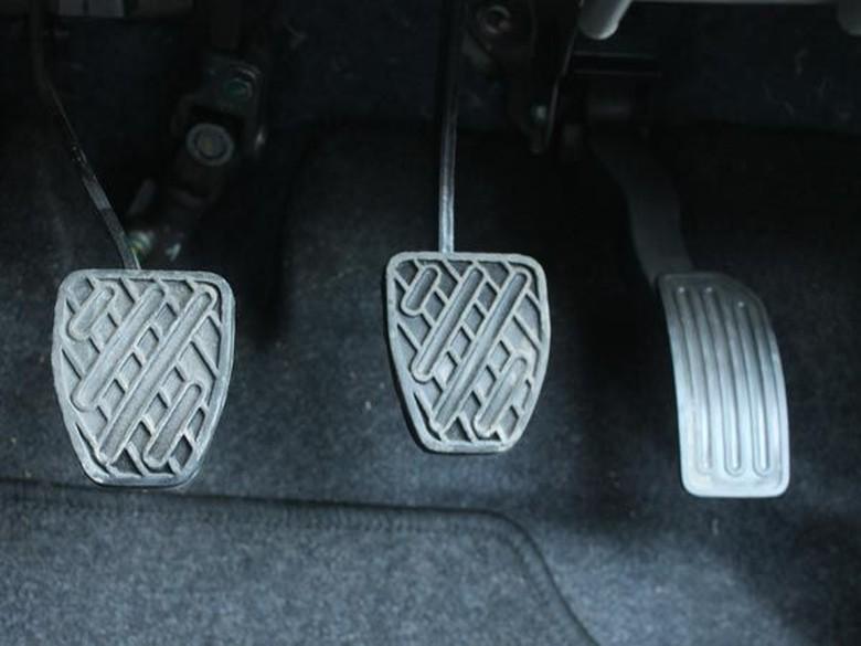 Mobil manual. Foto: Drivespark