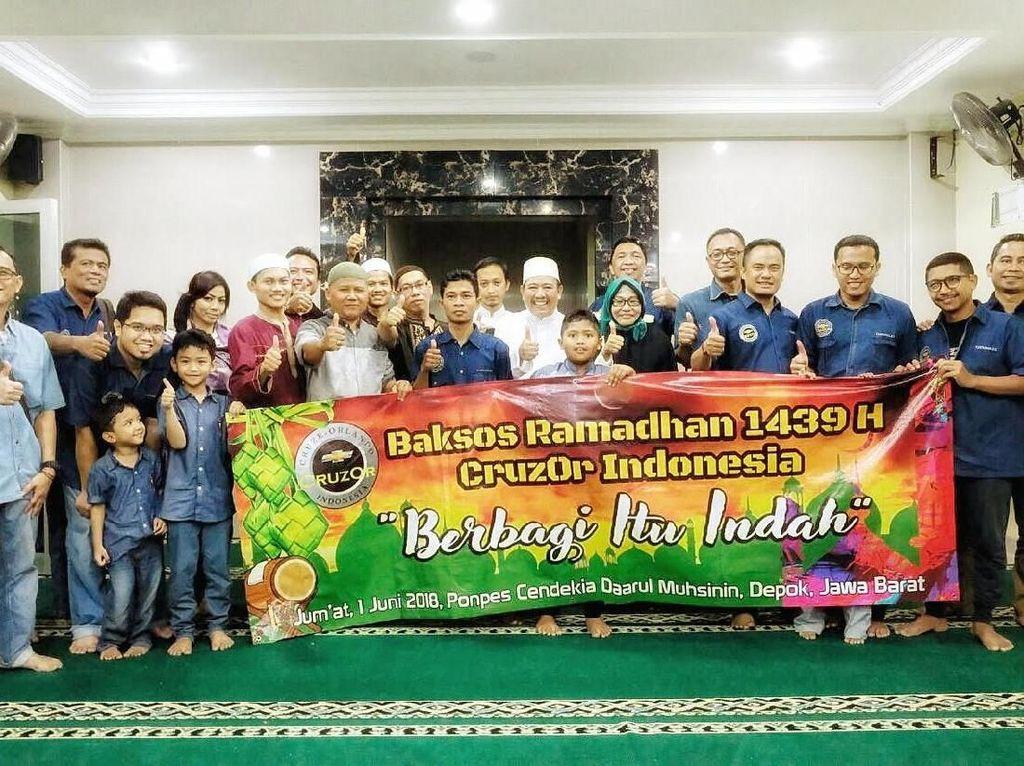 Berbagi di Bulan Ramadan Ala Komunitas CruzOr