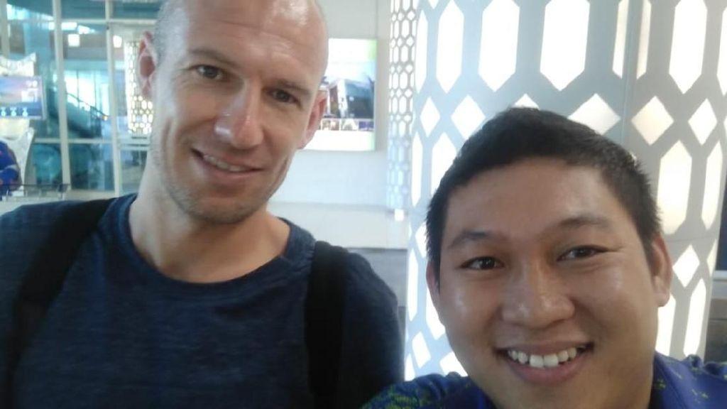 Keramahan Arjen Robben