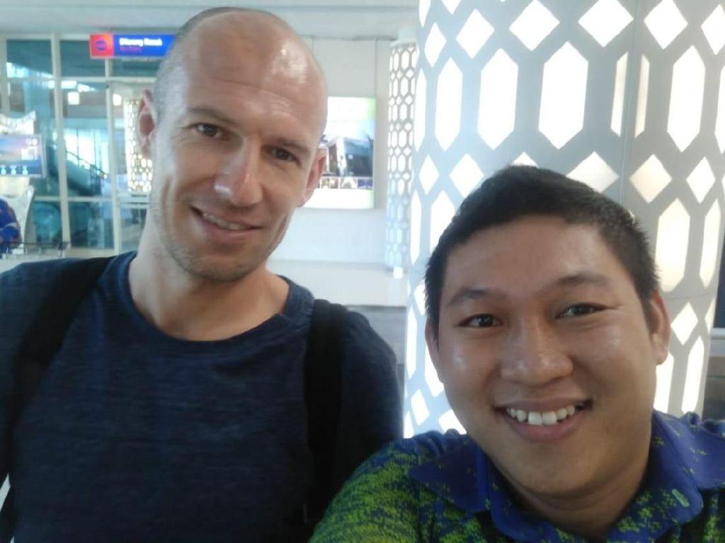 Kala Arjen Robben Terpikat Pesona Labuan Bajo