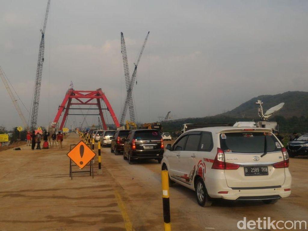 Jembatan Kalikuto Dibuka, Kendaraan Bisa Lewati 1 Lajur