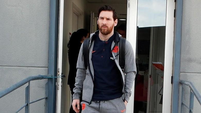 Pemain Argentina Diminta Berbagi Beban dengan Messi
