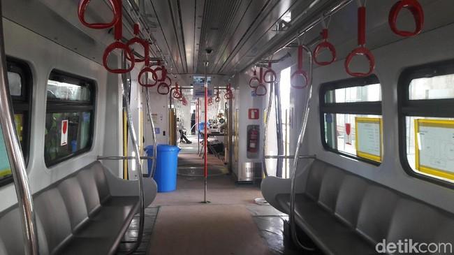 Pantaskah Kelapa Gading-Velodrome Naik LRT Bayar Rp 10.800?
