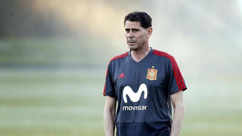 Fernando Hierro Tinggalkan Timnas Spanyol