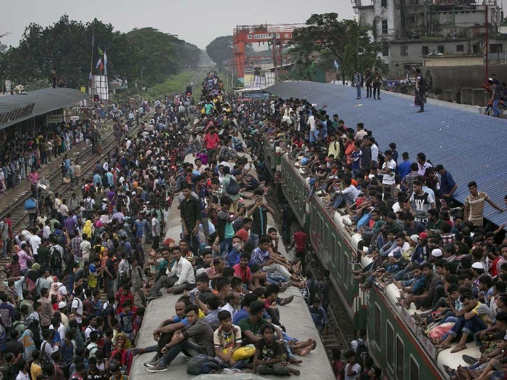 Ngeri! Beginilah Suasana Mudik Lebaran di Dhaka