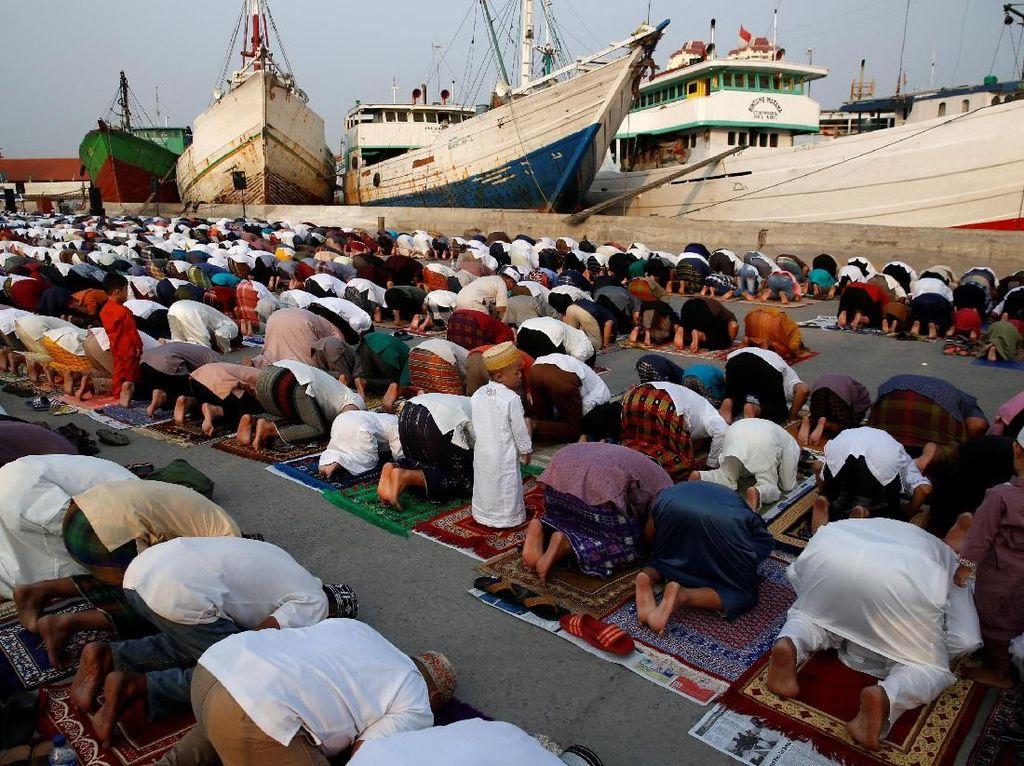 Mengintip Pelaksanaan Salat Idul Fitri di Berbagai Negara di Dunia