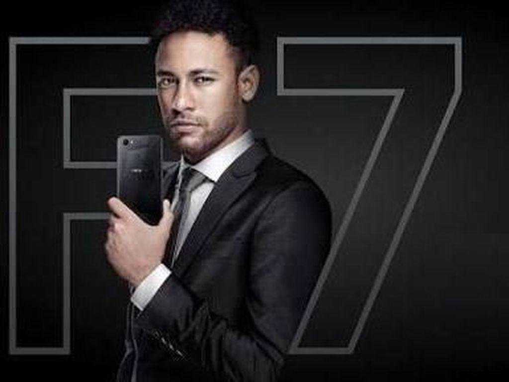 Neymar Didaulat Jadi Jagoan Selfie