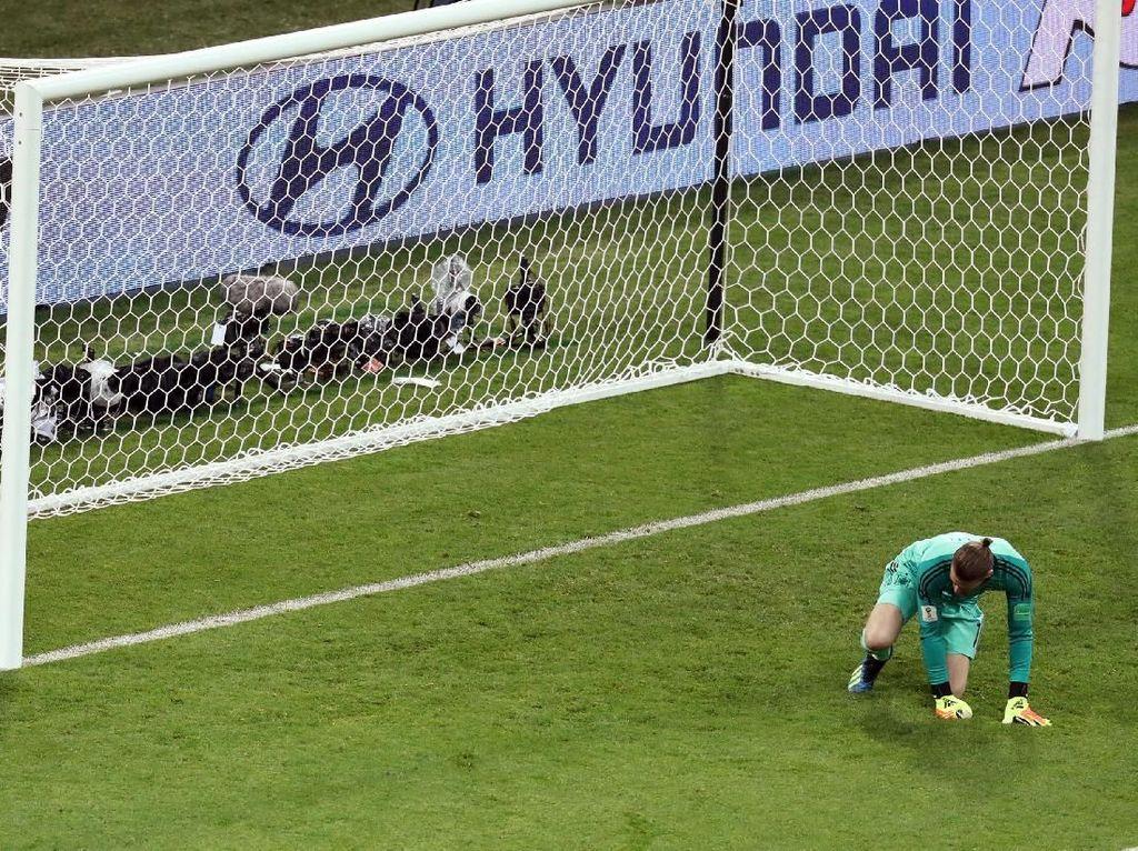Bela De Gea, Mourinho: Bahkan Pemain Terbaik Membuat Kesalahan