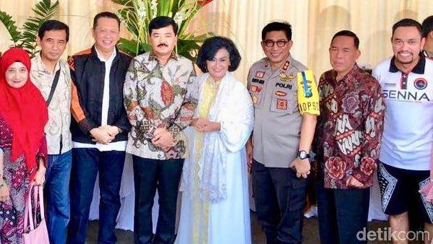 Pangdam Brawijaya, Kapolda Jatim, Ketua DPR, Panglima TNI, Anggota DPR