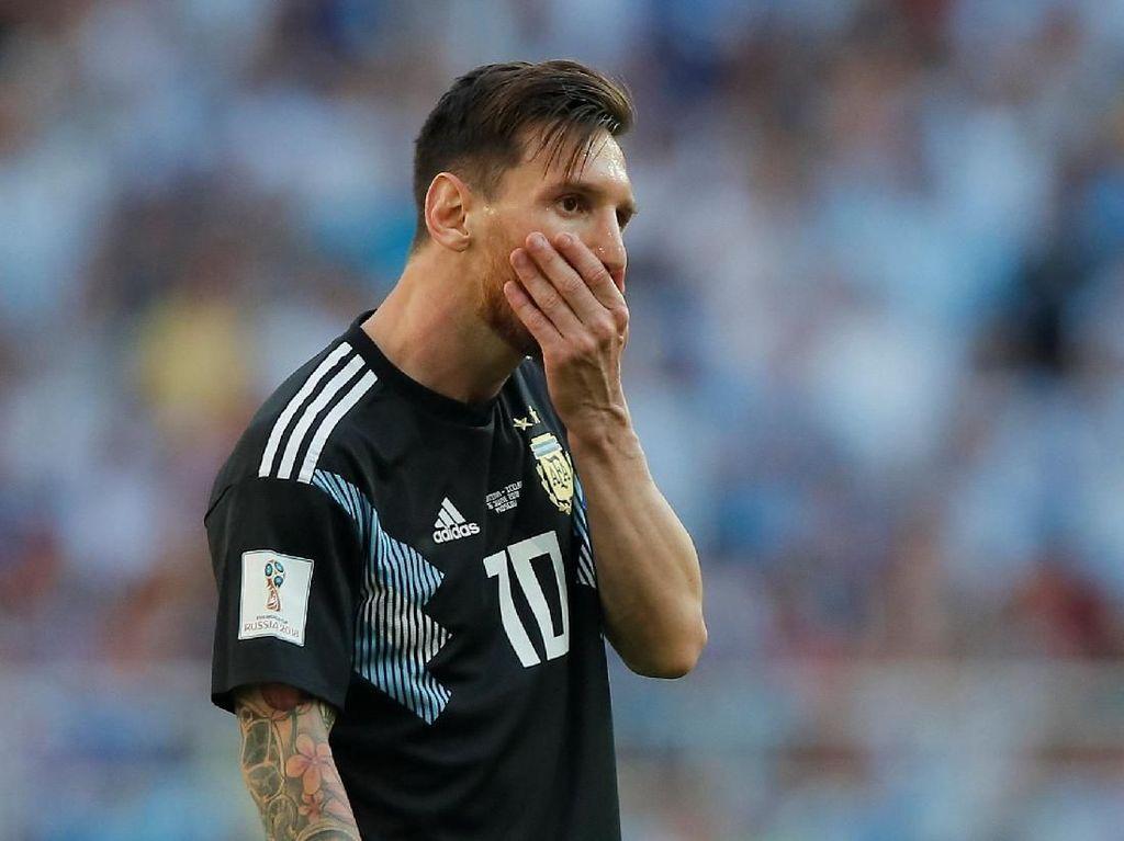 Maradona: Pensiun Saja dari Timnas Argentina, Messi!