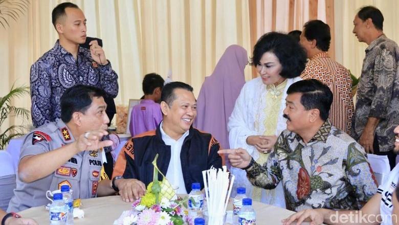 Saat Panglima TNI Menjamu Ketua DPR RI Kapolda Jatim dan Pangdam