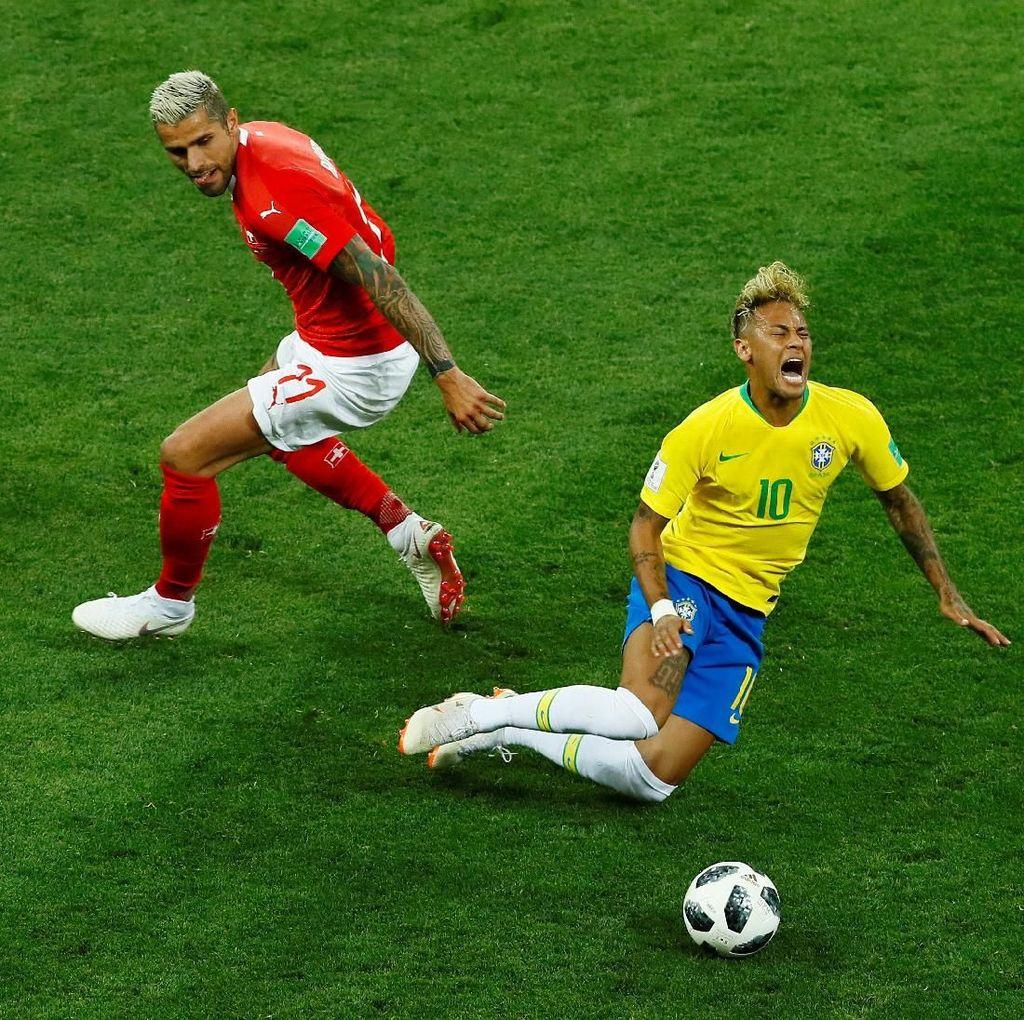 Brasil vs Swiss: Neymar vs 10 Pelanggaran Pemain Lawan