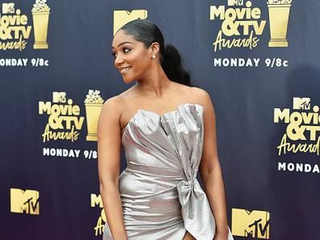 Ini Seleb Berbusana Terbaik dan Terburuk di MTV Movie Awards 2018