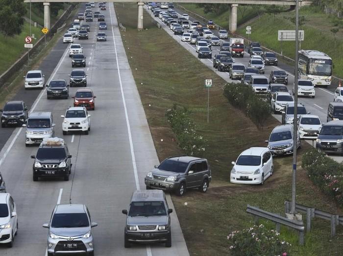 Balik Semarang-Jakarta, Warga Keluhkan Minimnya Informasi One Way