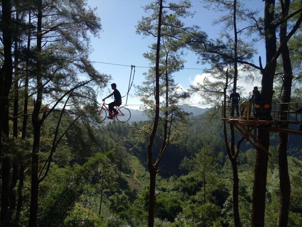Wisata Sepeda Terbang ala Sulawesi Selatan