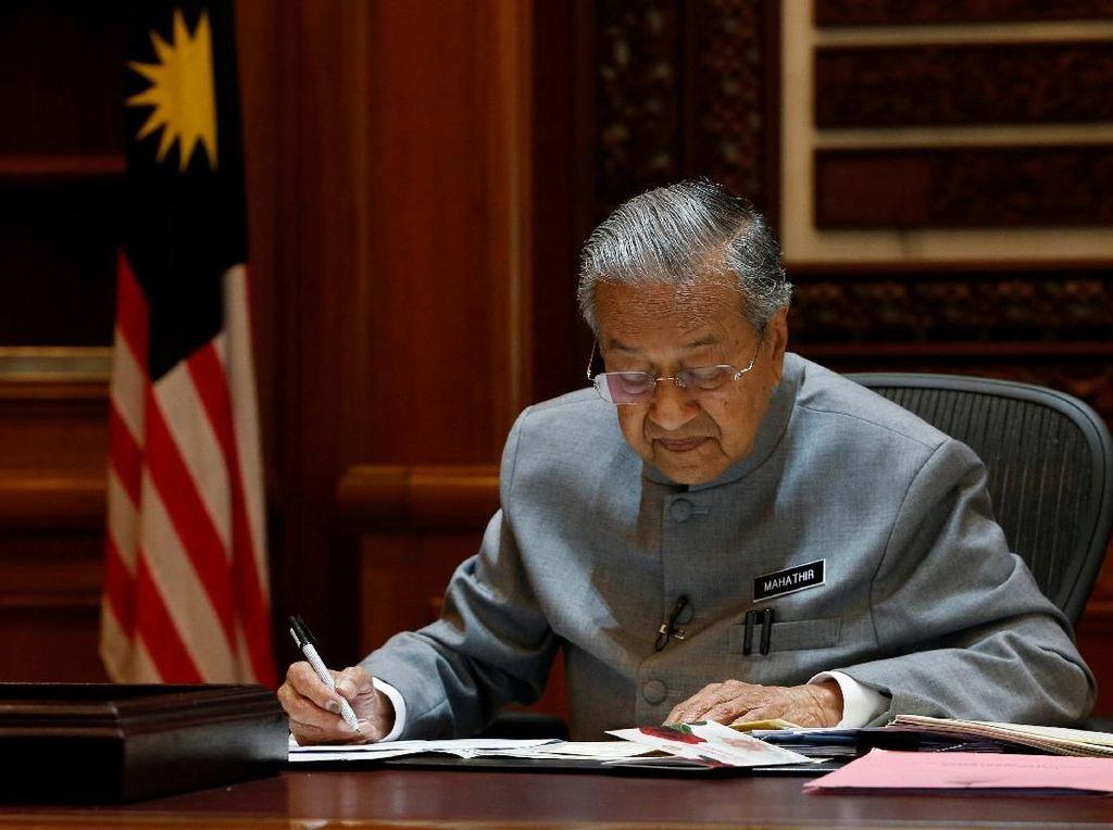 Mahathir Mohamad Ulang Tahun ke-93, Ini Pujian dari Putrinya