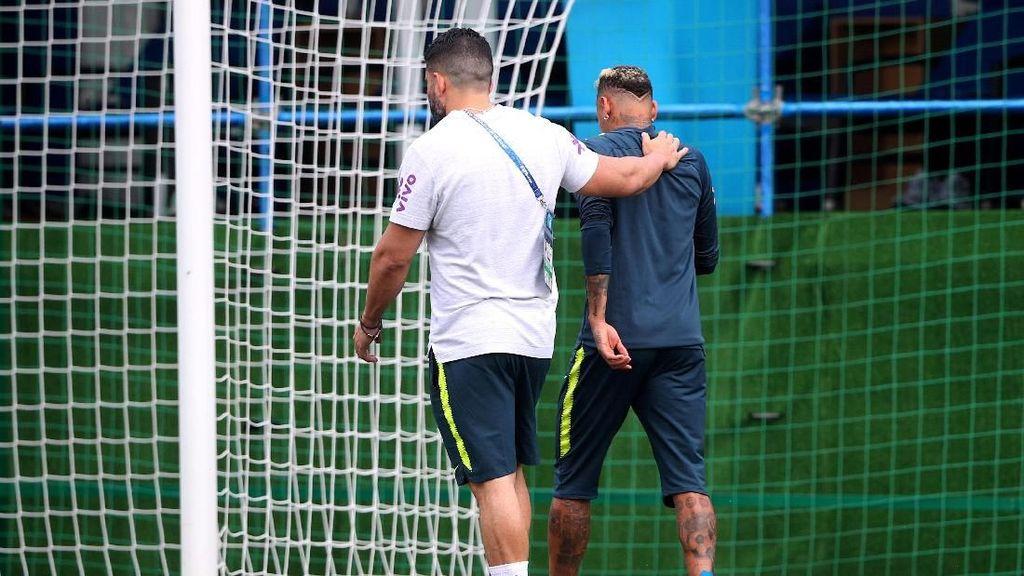 Neymar dan Fraktur Metatarsal yang Menghantuinya di Piala Dunia 2018