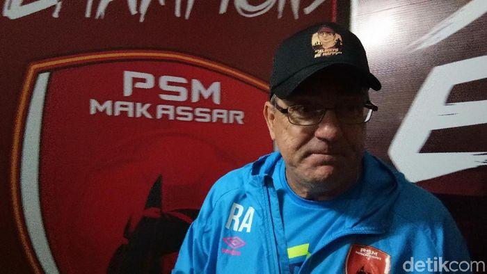 Pelatih PSM Makassar, Robert Rene Alberts. (Foto: Reinhard Soplantila/detikcom)