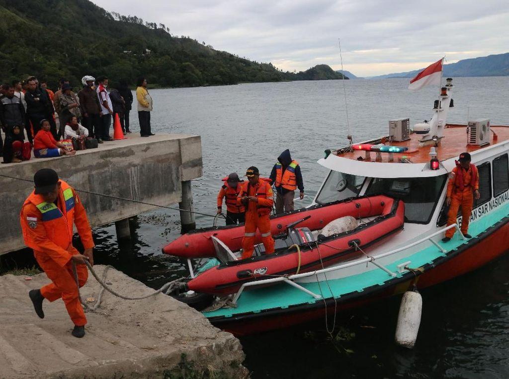 3 Jenazah Kapal Tenggelam di Danau Toba Sudah Teridentifikasi