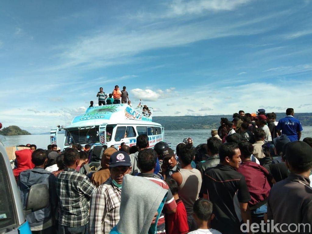 Tim akan Pastikan Lagi Objek di Danau Toba yang Dipindai Basarnas