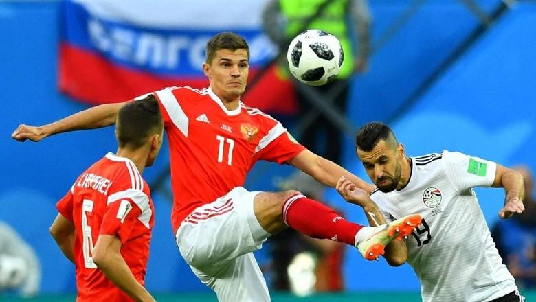 Babak 1: Rusia dan Mesir Masih Tanpa Gol