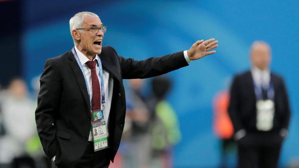Hector Cuper dan Mesir Pasrah Menanti Nasib