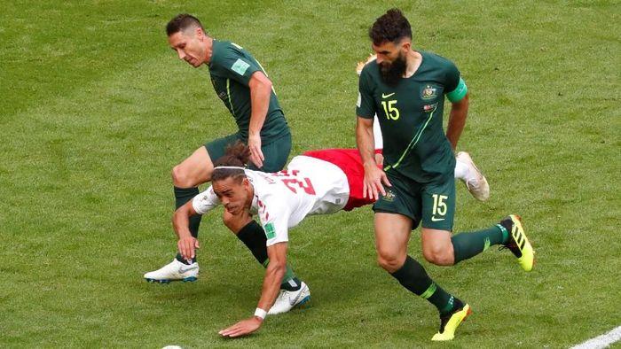 Denmark dan Australia bermain imbang 1-1 di laga kedua Grup C Piala Dunia 2018. (Foto: David Gray/Reuters)
