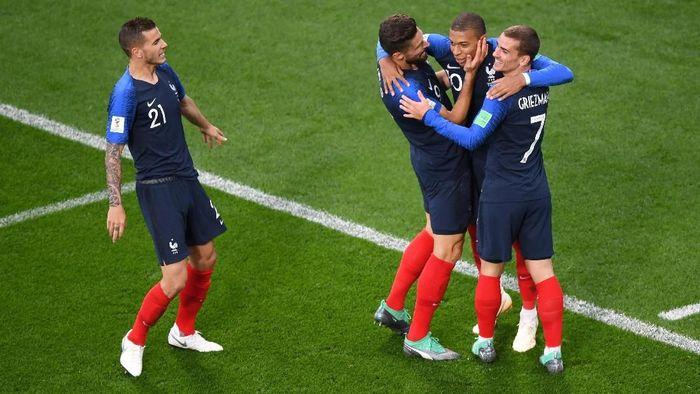 Timnas Prancis lolos ke-16 besar Piala Dunia 2018 usai mengatasi perlawanan sulit dari Peru dengan skor 1-0. (Foto: Shaun Botterill/Getty Images)