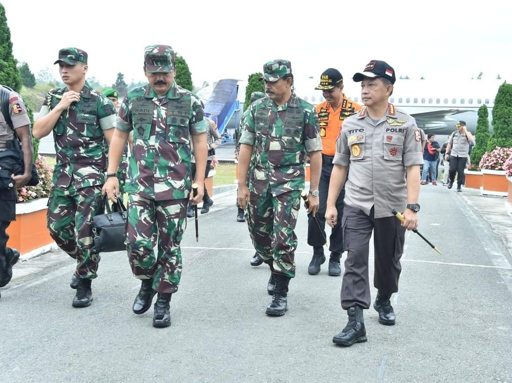 Kompaknya Panglima-Kapolri Turun ke Lokasi Tragedi KM Sinar Bangun