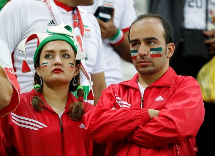 Pertandingan Piala Dunia antara Iran-Spanyol berakhir dengan kemenangan 0-1 untuk tim matador. Kekecewaan suporter Iran terlihat jelas di wajah mereka. Toru Hanai/Reuters.