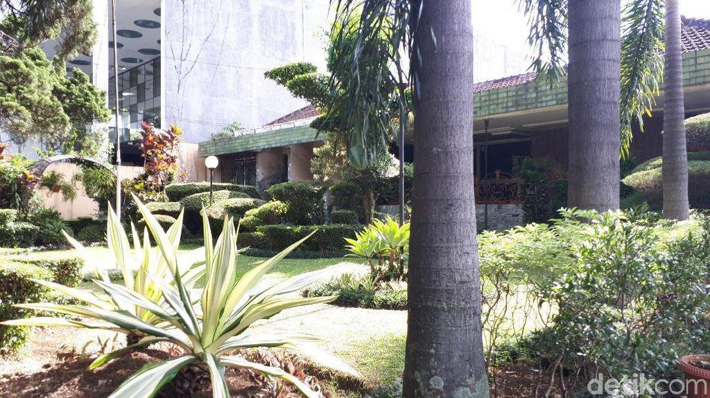 Penampakan Rumah Nenek Raffi yang Disebut Rp 100 M, Liburan Keluarga Gading