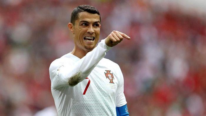 Cristiano Ronaldo meminta suporter Iran untuk tak berisik di luar hotel tempat tim Portugal menginap (Foto: Michael Steele/Getty Images)