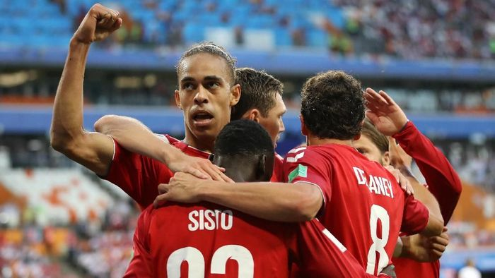 Setelah mengalahkan Peru di laga pertama, mampukah Denmark mengatasi Australia? (Foto: Clive Mason/Getty Images)