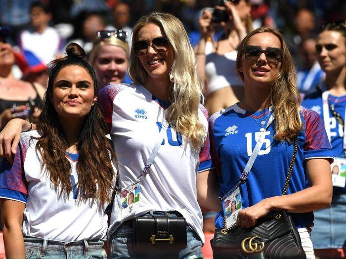 Jutaan suporter dari seluruh dunia datang ke Rusia selama Piala Dunia 2018 (Dok. Getty Images)