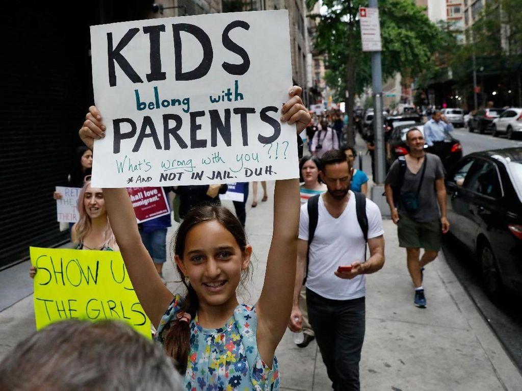 Duka Imigran yang Harus Terpisah dari Anaknya