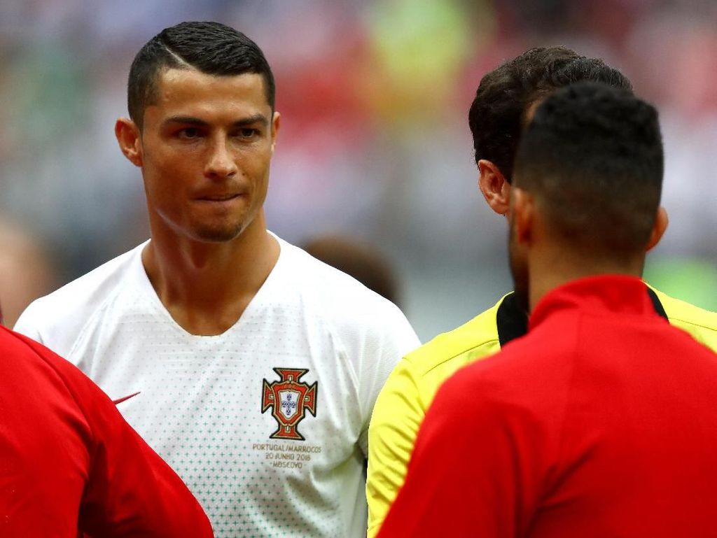 Foto: Jenggot Tipis Cristiano Ronaldo
