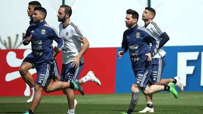 Timnas Argentina akan melawan Kroasia pada pertandingan keduanya di Piala Dunia 2018 (Foto: Albert Gea/Reuters)