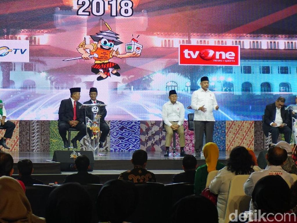 Pilgub Jabar 2018: 4 Pasang Saling Pepet