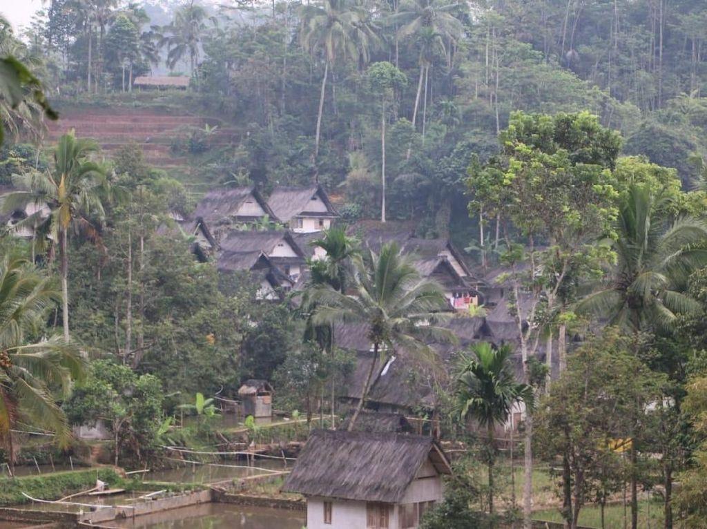 Kasihan Jawa Barat, Potensi Wisatanya Diumpetin Aparat Desa