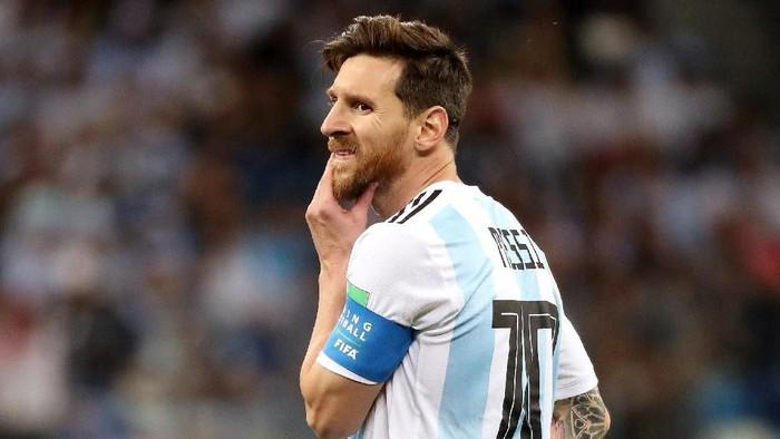 Lionel Messi akankah benar-benar menjadi juru selamat untuk Argentina? (Lucy Nicholson/Reuters)
