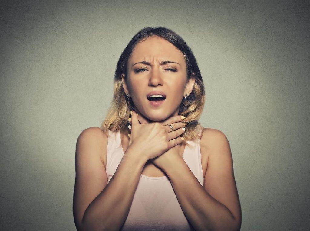 Benda-Benda Berbahaya yang Sering Tertelan, Peluit Hingga Gigi Palsu (1)