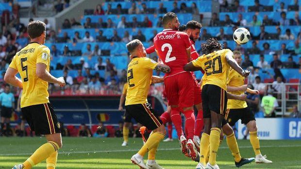 Dylan Bronn mencetak gol Tunisia pada menit ke-18.