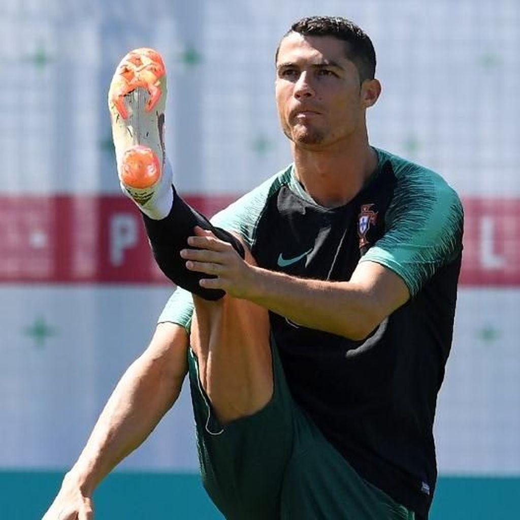 Bergairahlah Italia atas Ronaldo