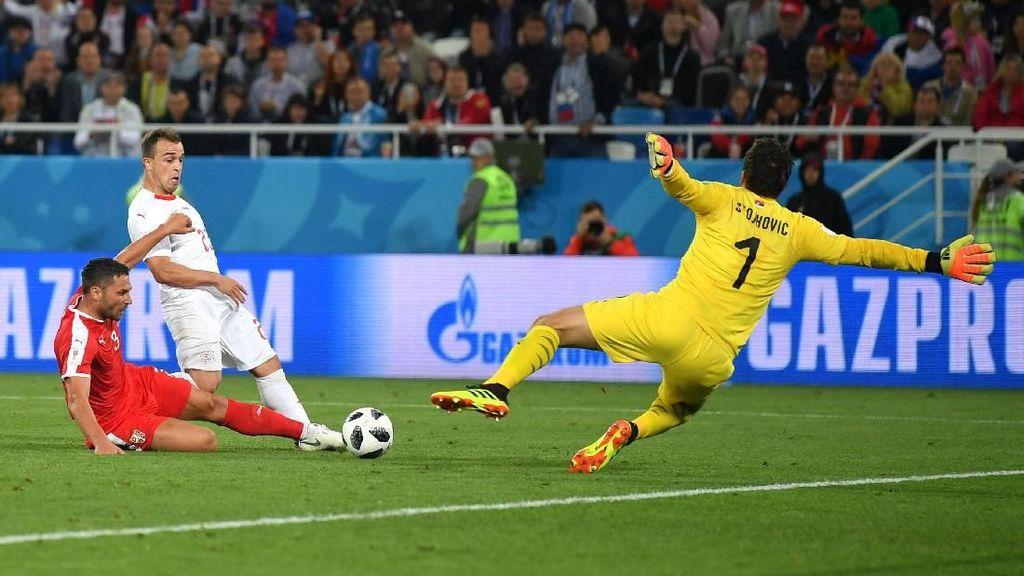 Comeback, Swiss Tundukkan Serbia 2-1